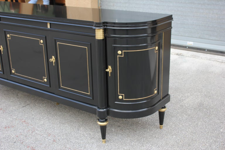 Beautiful French Louis XVI Antique Sideboard or Buffet, circa 1910s For Sale 12