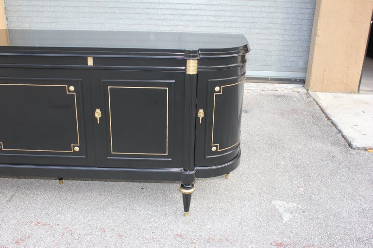 Beautiful French Louis XVI Antique Sideboard or Buffet, circa 1910s For Sale 14
