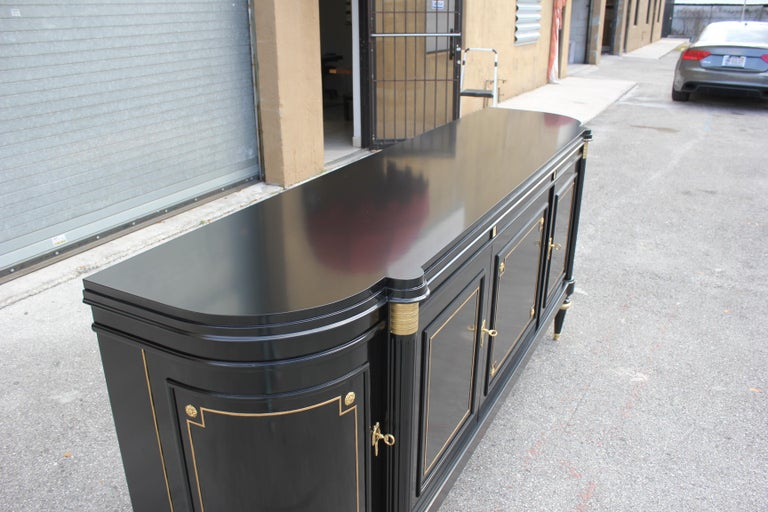 Beautiful French Louis XVI Antique Sideboard or Buffet, circa 1910s For Sale 2
