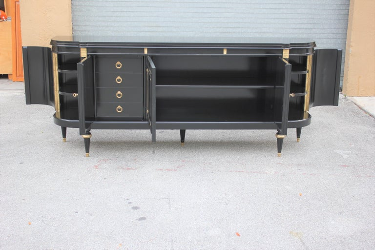 Beautiful French Louis XVI Antique Sideboard or Buffet, circa 1910s For Sale 3