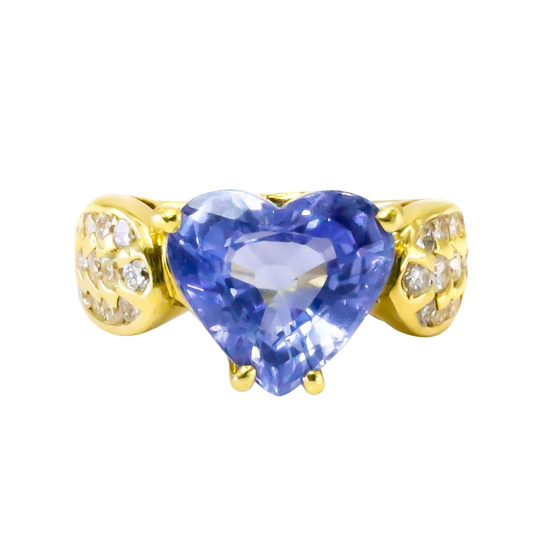 Beautiful Heart Sapphire Ring