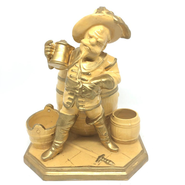 A gorgeous character ceramic figural catchall statue - knight of the 30 years war. This character statue has been made in Germany, circa 1890s by unknown manufactory. Absolutely gorgeous piece hand painted and still in great condition, without