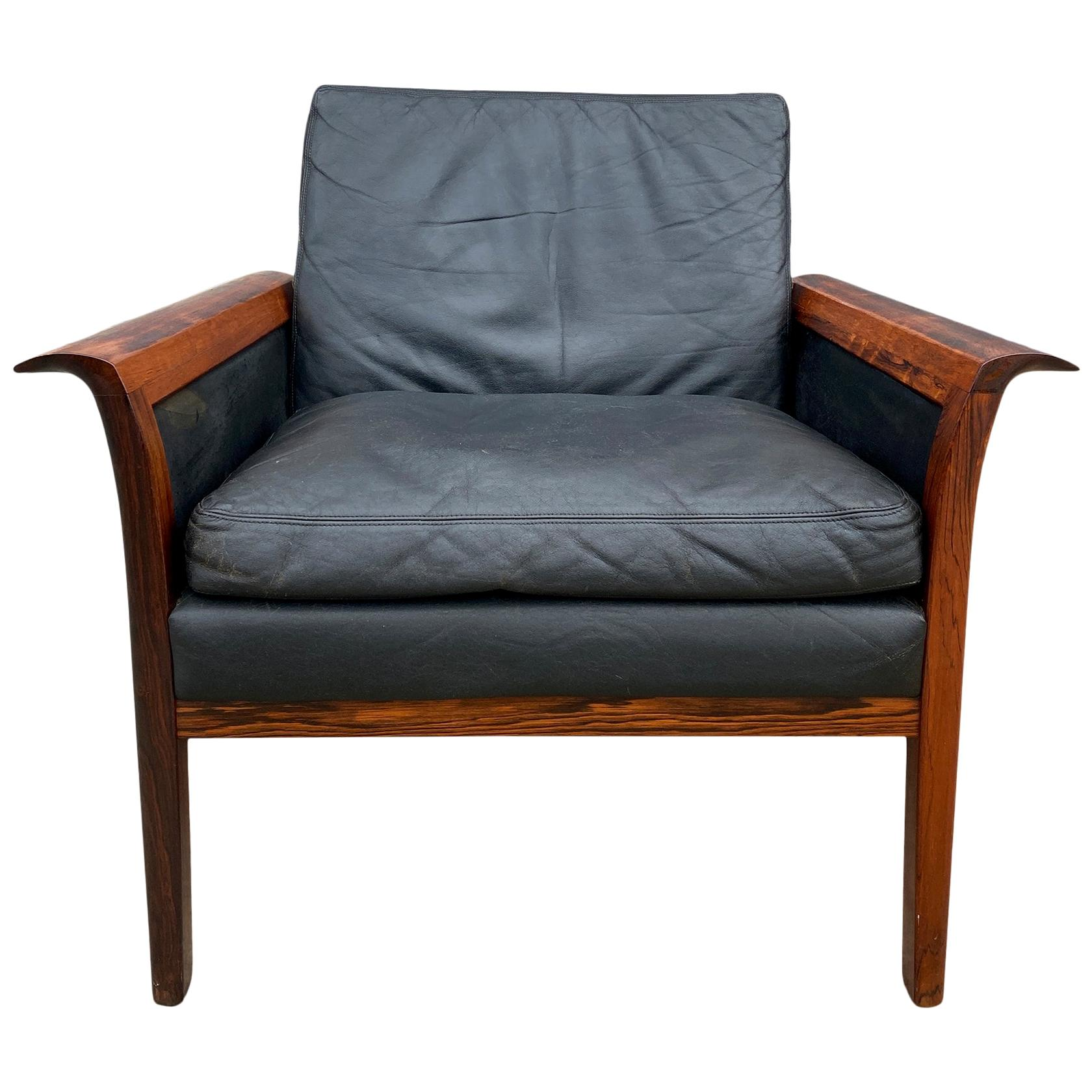 Beautiful Knut Saeter for Vatne Mobler Black Leather and Rosewood Chair
