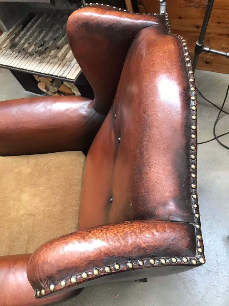 Beautiful Leather and Brass Studded Lounge Chair from the 1930s For Sale 2