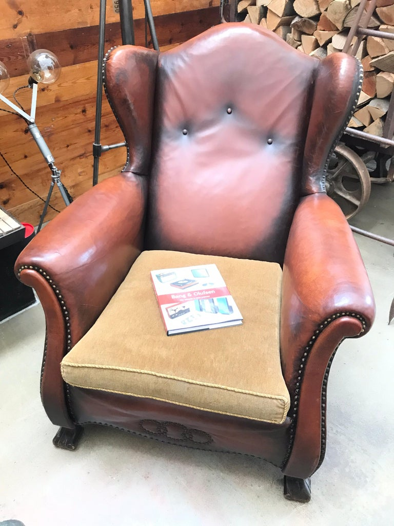 Beautiful Leather and Brass Studded Lounge Chair from the 1930s For Sale 7