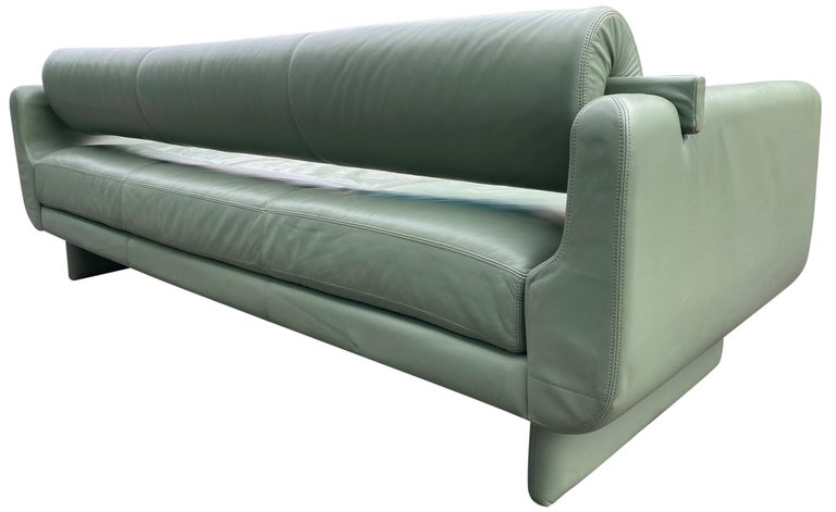 Beautiful Leather Matinee Daybed Sofa by Vladimir Kagan Sage Green Leather For Sale 4