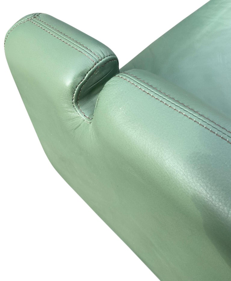 Beautiful Leather Matinee Daybed Sofa by Vladimir Kagan Sage Green Leather For Sale 6