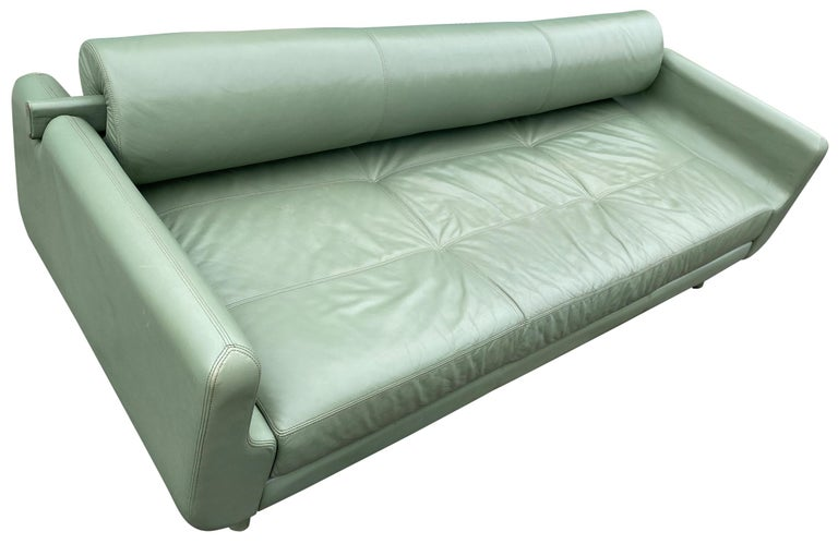 Contemporary Beautiful Leather Matinee Daybed Sofa by Vladimir Kagan Sage Green Leather For Sale