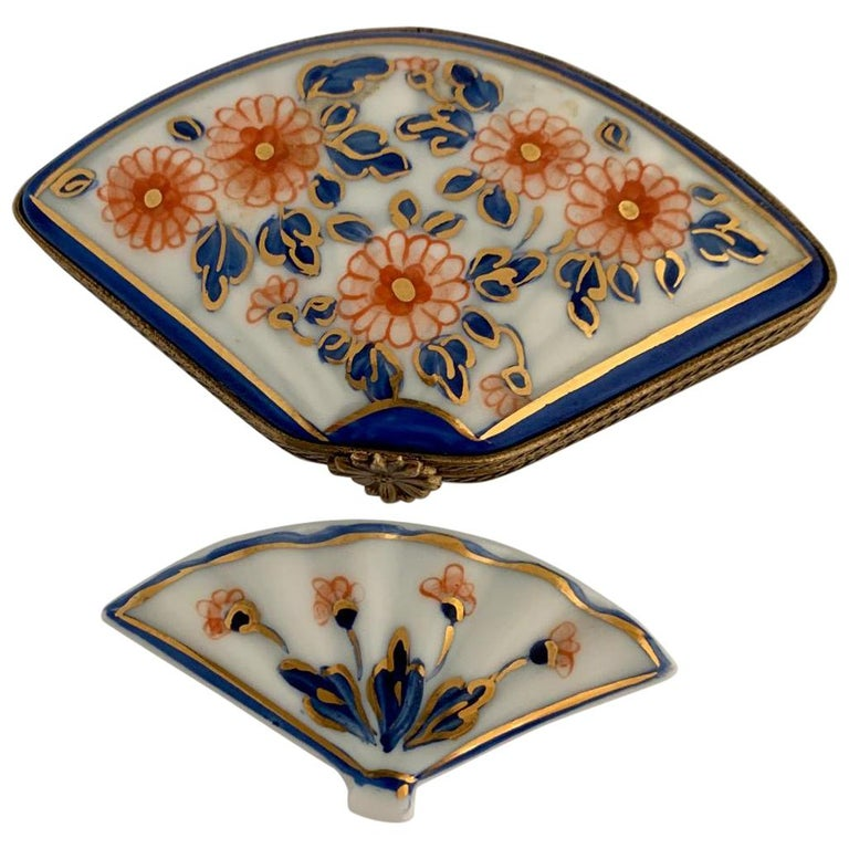 Beautiful Limoges France Hand Painted Porcelain Fan Trinket Box For Sale