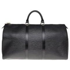 Beautiful Louis Vuitton Keepall 50 travel bag in black épi leather