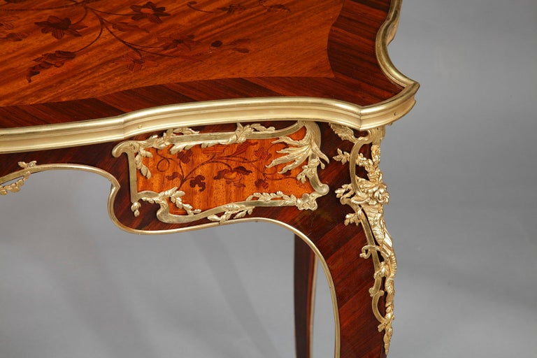 Beautiful Louis XV Style Table Attributed to J.E. Zwiener For Sale 2