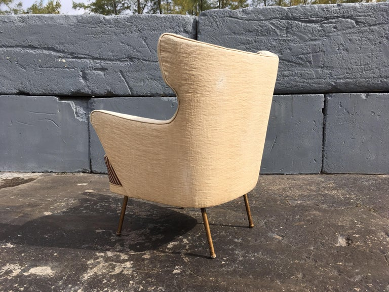 Beautiful Lounge Chairs in the Style of Gio Ponti For Sale 1