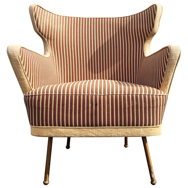 Beautiful Lounge Chairs in the Style of Gio Ponti For Sale