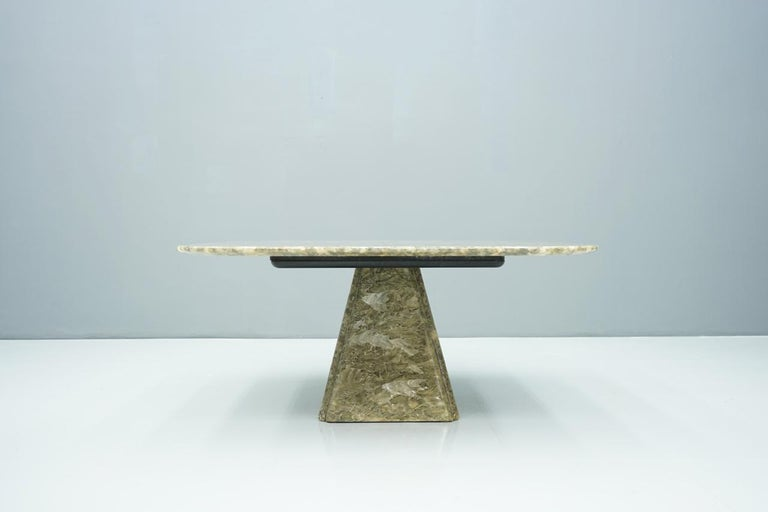 Beautiful Marble Coffee Table, 1970s For Sale 3