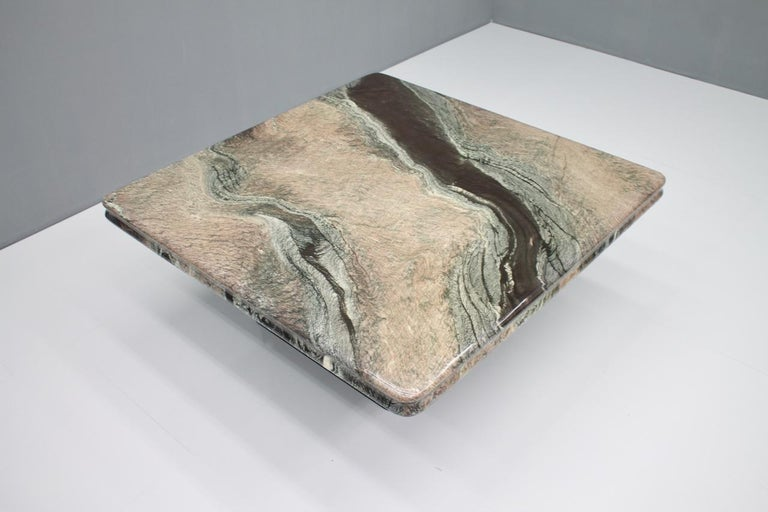Beautiful Marble Coffee Table, Italy, 1970s For Sale 5