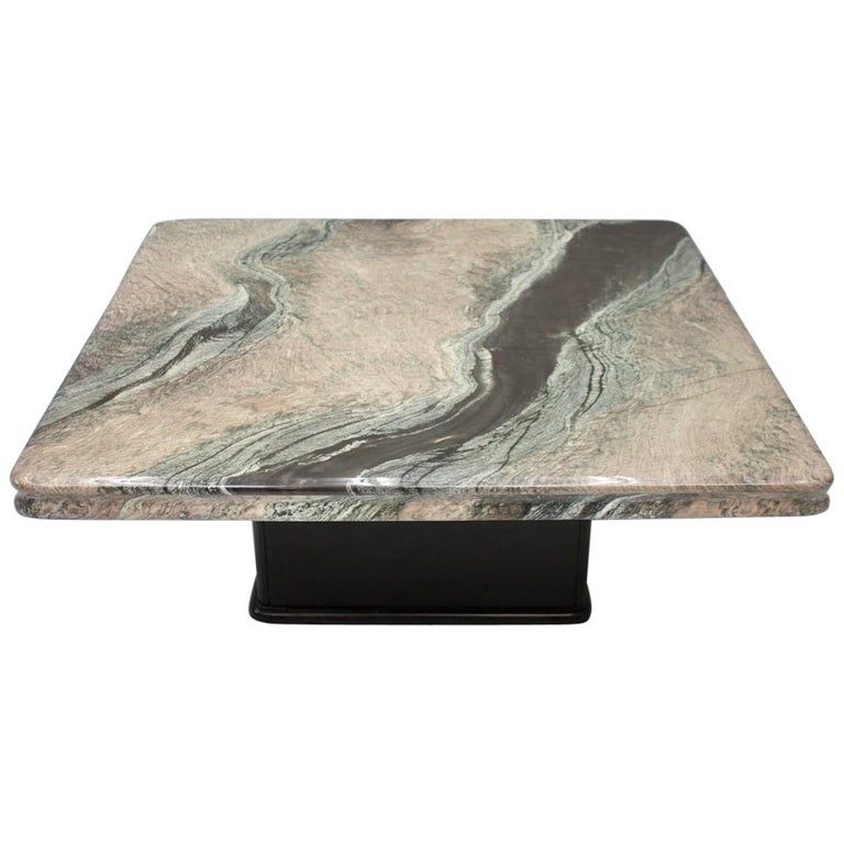 Beautiful Marble Coffee Table, Italy, 1970s For Sale