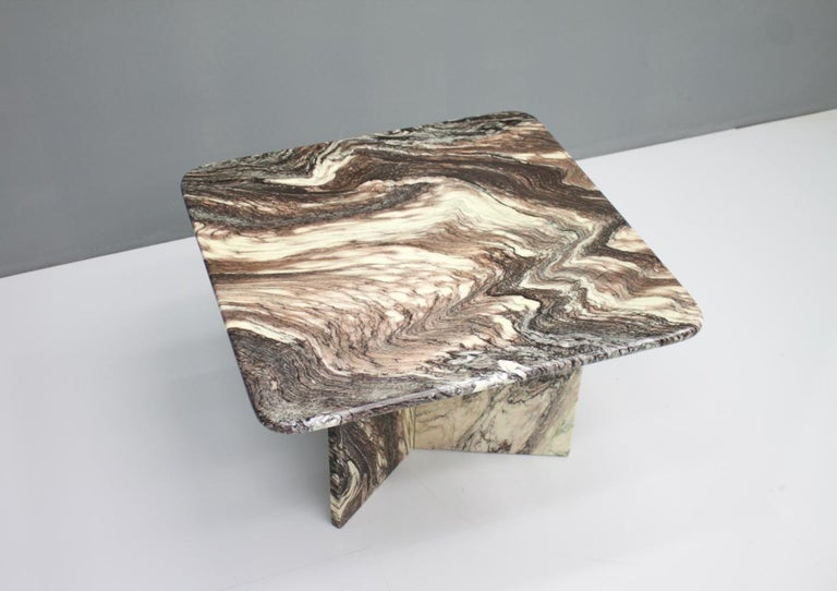 Mid-Century Modern Beautiful Marble Side Table, Italy, 1980s For Sale