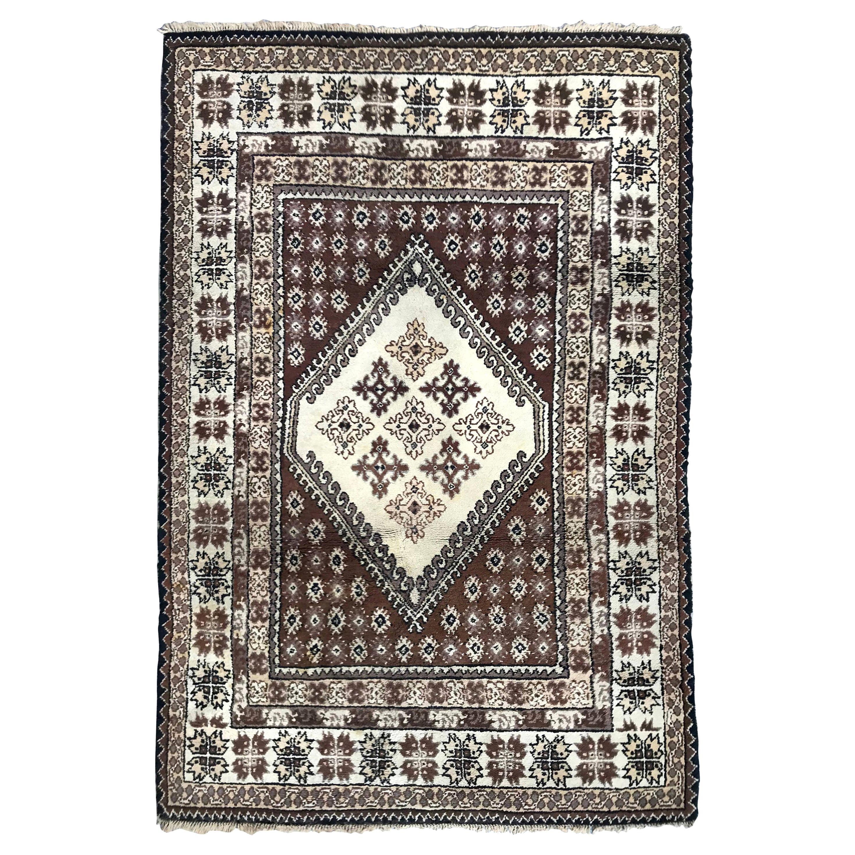 Beautiful Mid-20th Century Tribal Moroccan Rug