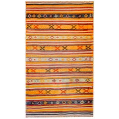 Beautiful Mid-20th Century Turkish Kilim Rug