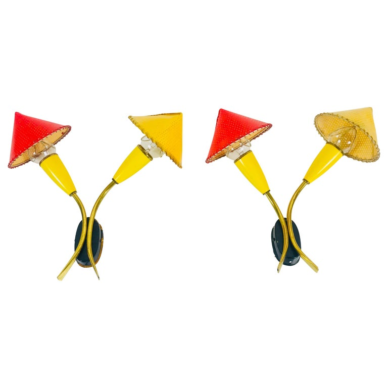 Beautiful Mid-Century Modern Italian Pair of Sputnik Wall Lamps, 1960s, Italy For Sale