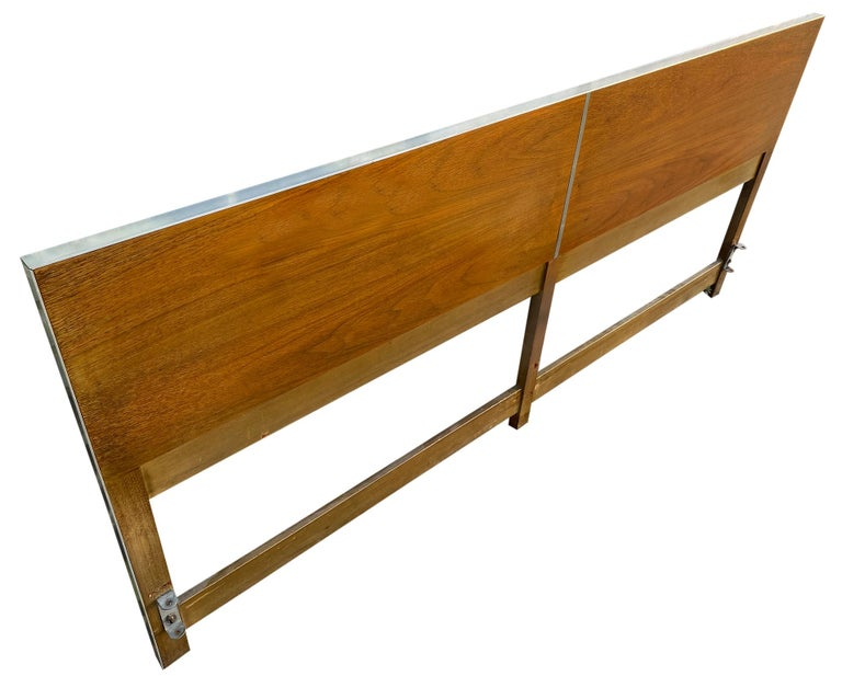 American Beautiful Midcentury Headboard by Paul McCobb for Calvin King Bed For Sale
