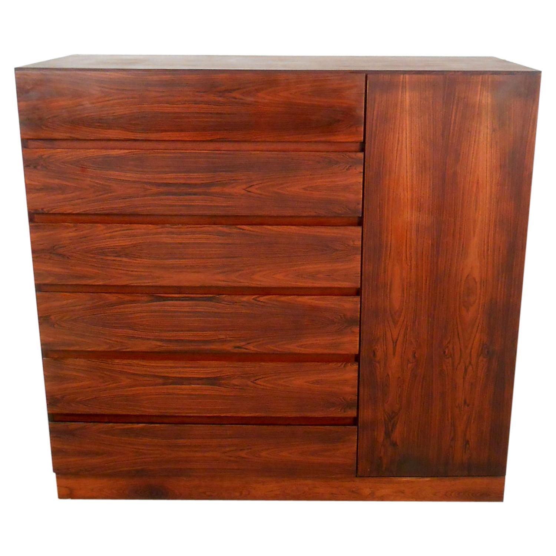 Beautiful Midcentury Rosewood High Dresser
