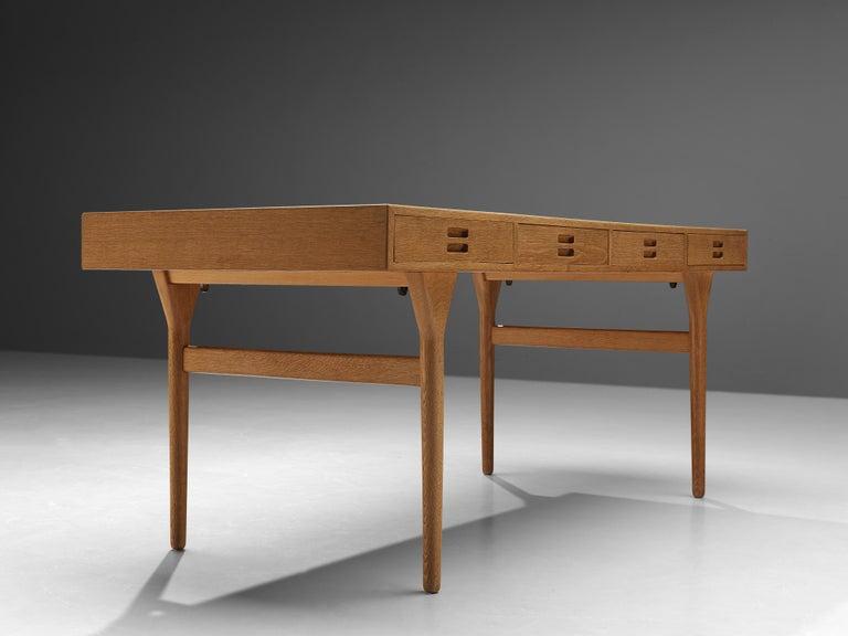 Beautiful Nanna Ditzel Desk in Oak For Sale 2