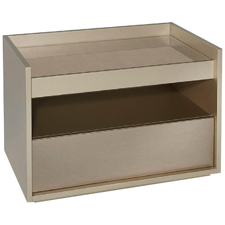 Beautiful Nightstand in Glossy Lacquer Finish Front Side and Top in Vetrite For Sale