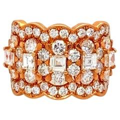 Beautiful Odelia Ring with 3.70 Carats of Diamonds