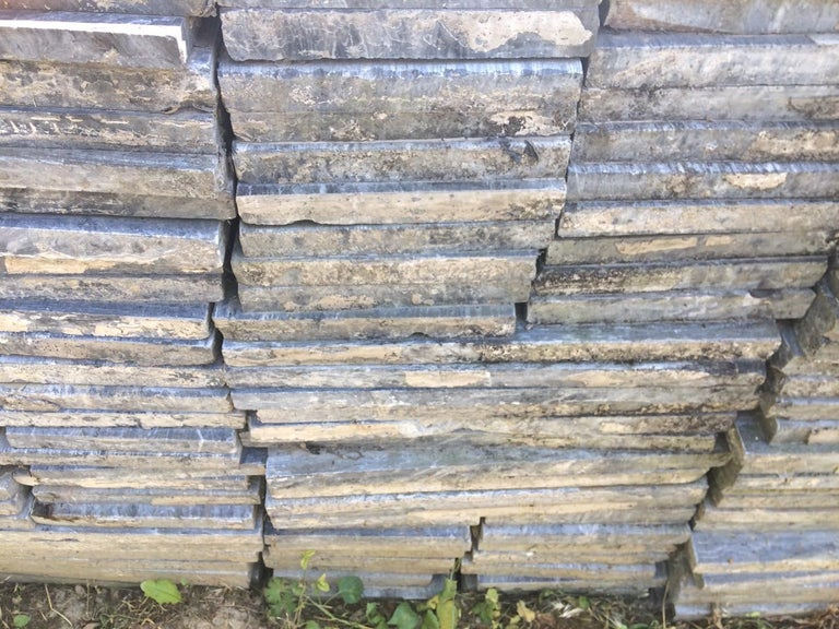 Beautiful Old Natural-Stone Floortiles In Excellent Condition For Sale In Gembloux, BE
