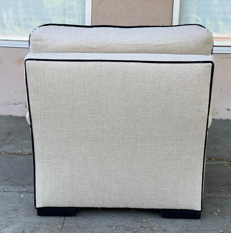 Mid-20th Century Beautiful Oversize Armchair in Cream Cotton Mix Upholstery For Sale