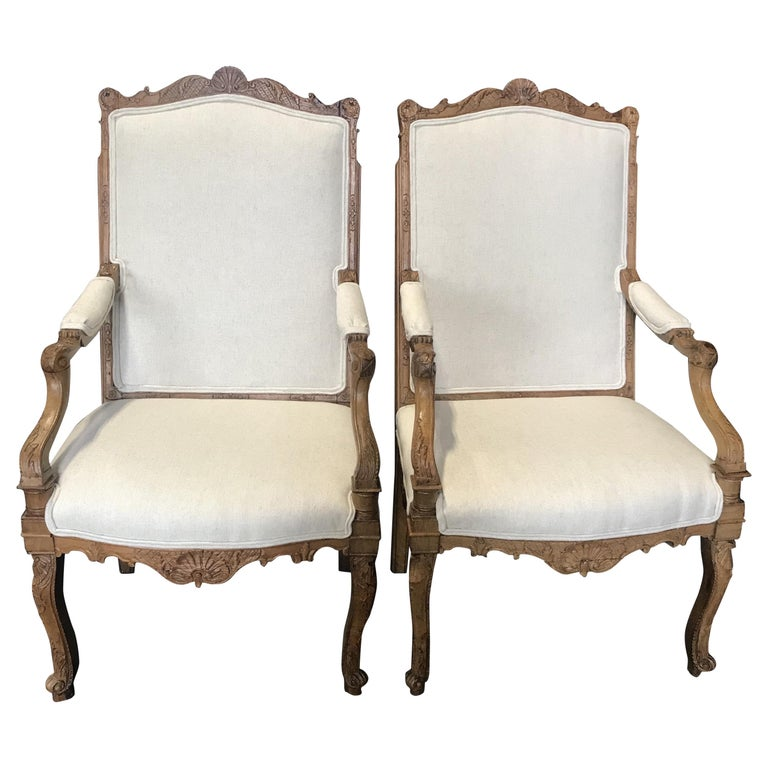 Beautiful Pair of Antique French Louis XV Light Walnut Armchairs For Sale