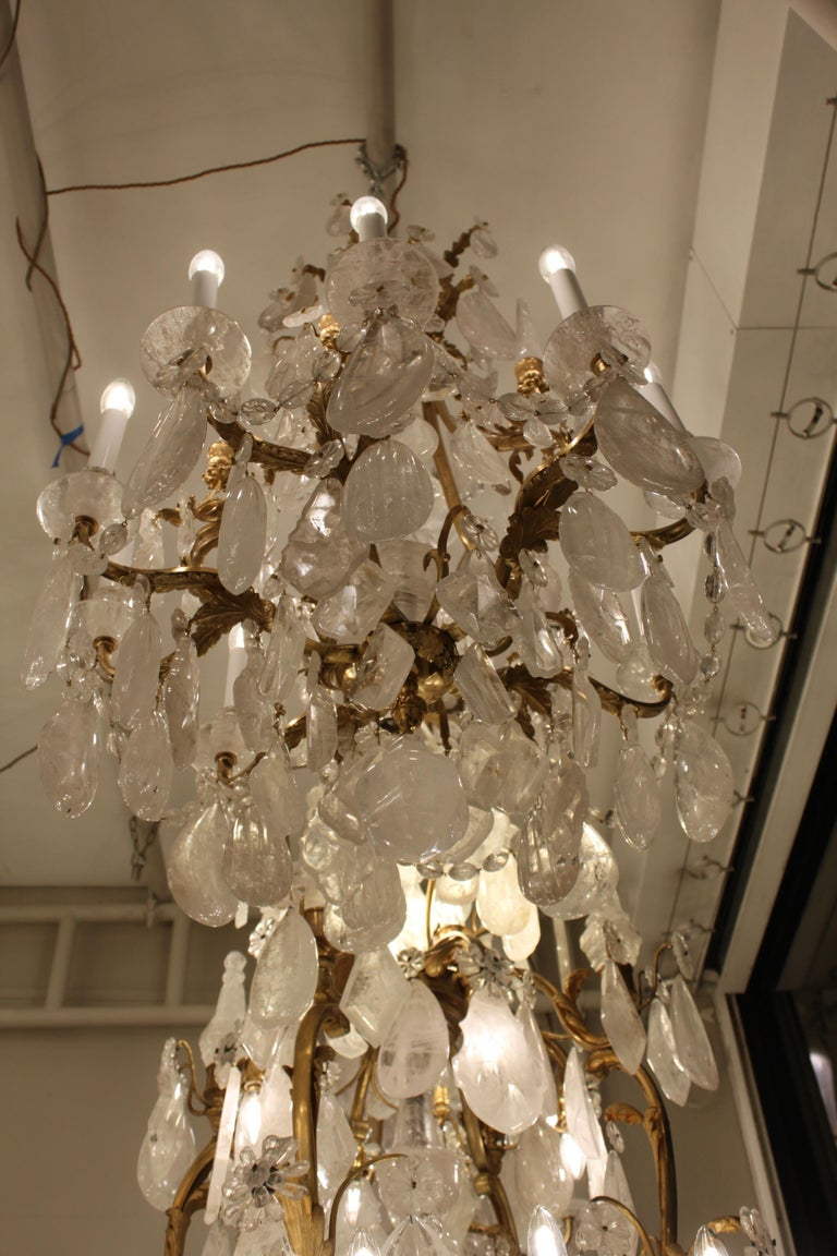 Beautiful Pair of Baccarat Rock Crystal Chandeliers In Excellent Condition For Sale In London, GB