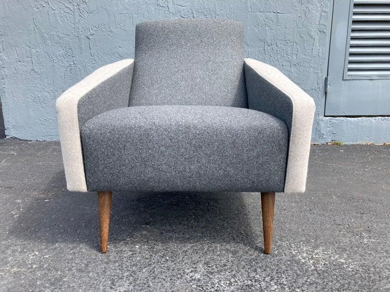 Beautiful Pair of Lounge Chairs, Kvadrat Fabric, Oak Legs, Gray For Sale 6
