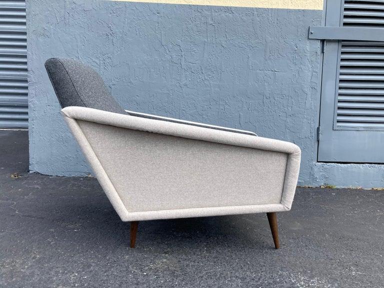 Beautiful Pair of Lounge Chairs, Kvadrat Fabric, Oak Legs, Gray For Sale 11
