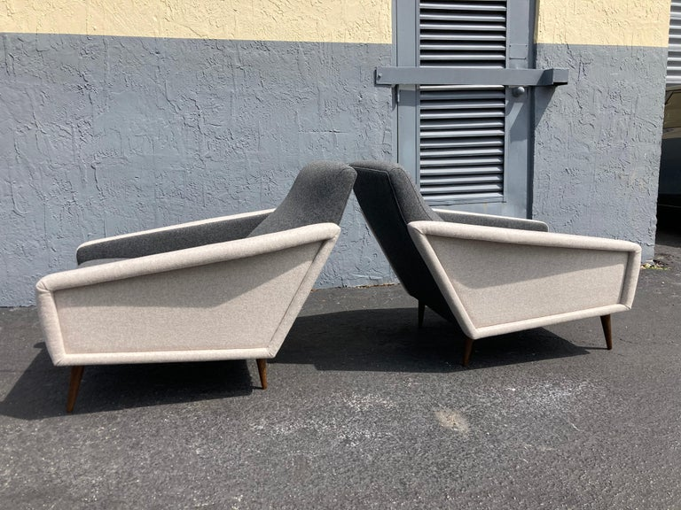 Beautiful Pair of Lounge Chairs, Kvadrat Fabric, Oak Legs, Gray In Excellent Condition For Sale In Opa Locka, FL