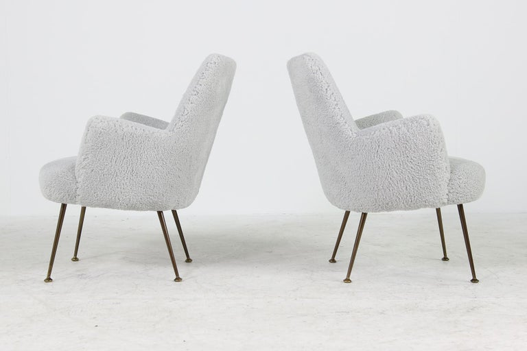 Italian Beautiful Pair of Unique 1950s Organic Lounge Chairs Teddy Fur and Brass, Italy For Sale