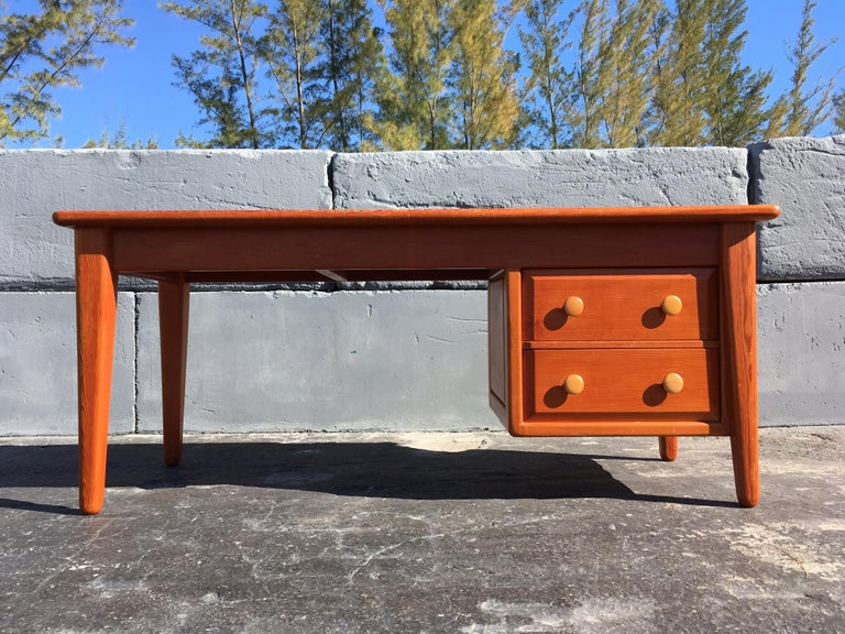 Beautiful Pine Craftsman Desk Prouve Chapo Style For Sale 2