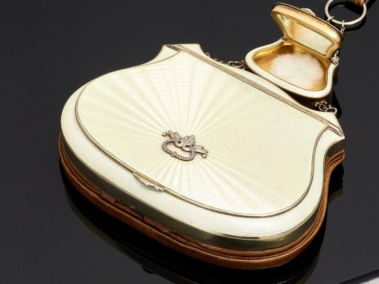 French Beautiful Quality Sterling Silver and Guilloche Enamel Ladies Purse, circa 1920 For Sale