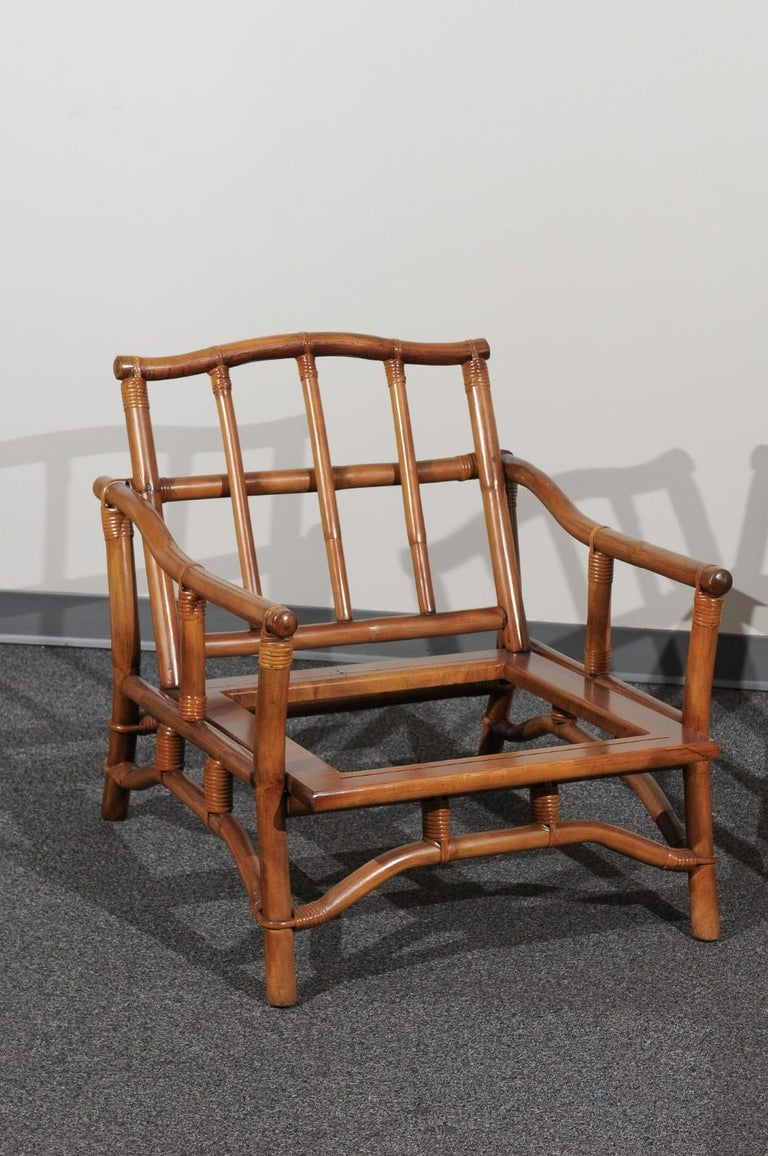 Mid-Century Modern Beautiful Restored Pair of Pagoda Style Loungers by Ficks Reed, circa 1970 For Sale