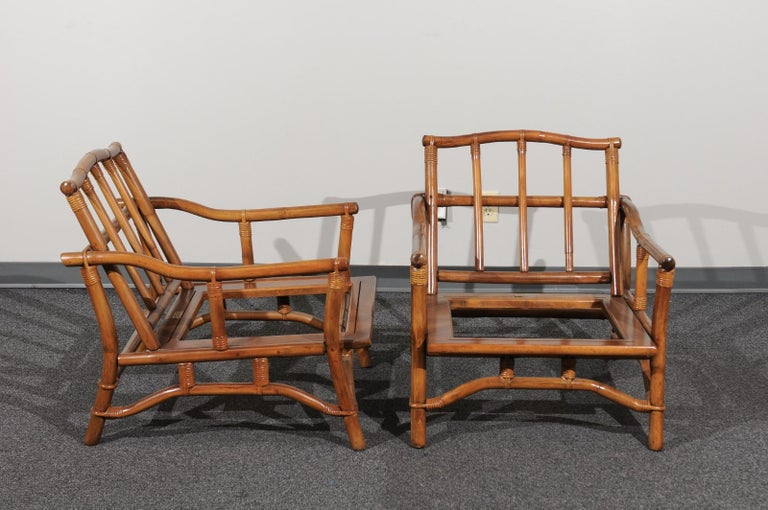 Late 20th Century Beautiful Restored Pair of Pagoda Style Loungers by Ficks Reed, circa 1970 For Sale