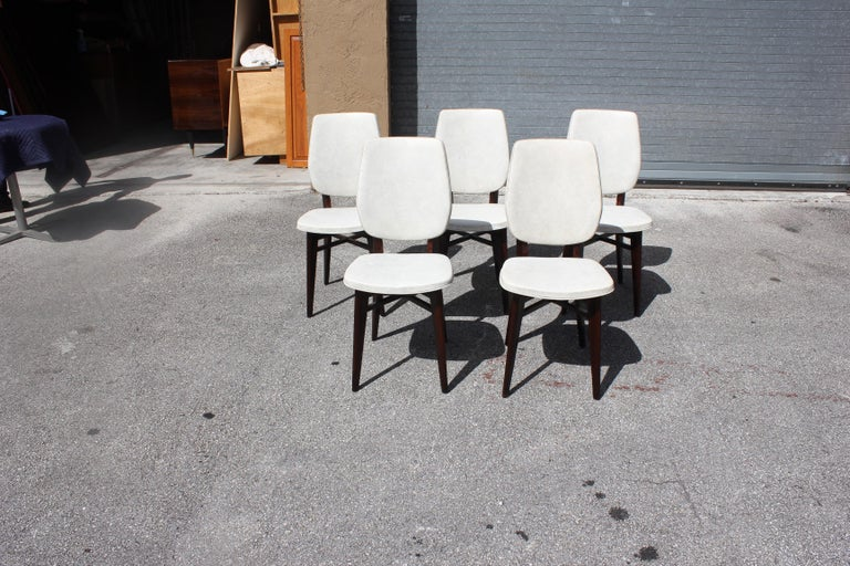Beautiful Set of Five French Art Deco Solid Mahogany Dining Chairs, circa 1940s In Good Condition For Sale In Hialeah, FL