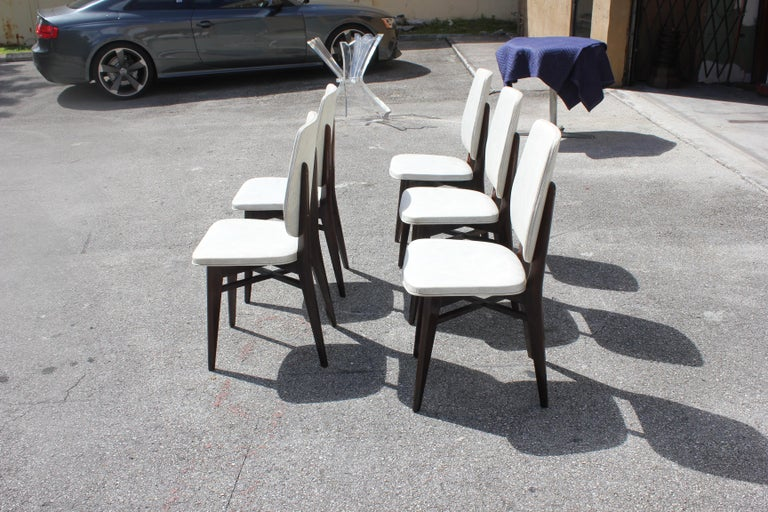 Beautiful Set of Five French Art Deco Solid Mahogany Dining Chairs, circa 1940s For Sale 1