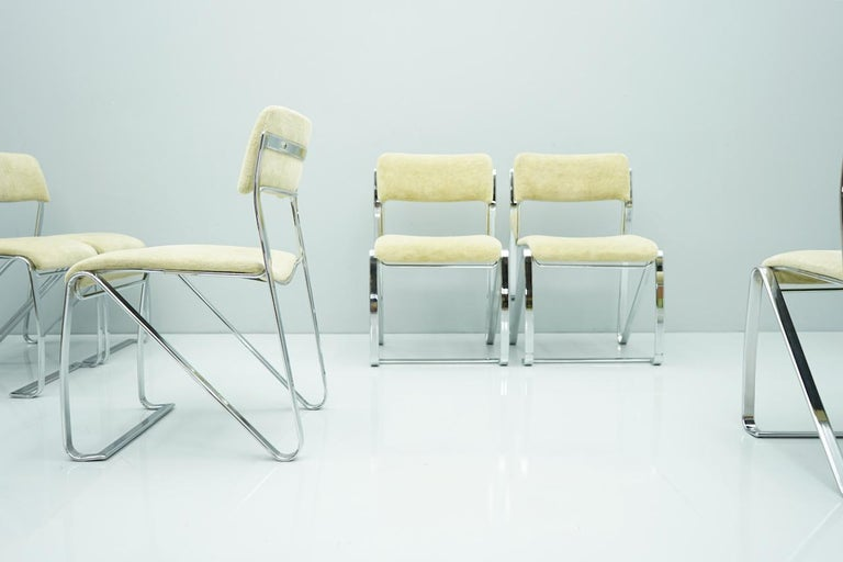 Beautiful Set of Six Dining Chairs in Chrome and Velvet, Italy, 1970s For Sale 5