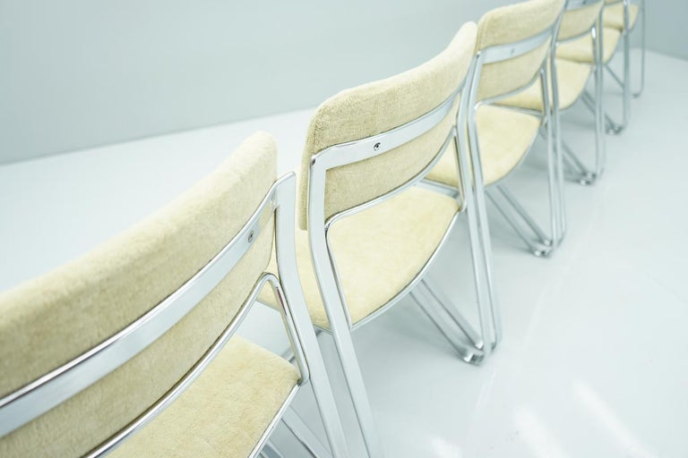 Italian Beautiful Set of Six Dining Chairs in Chrome and Velvet, Italy, 1970s For Sale