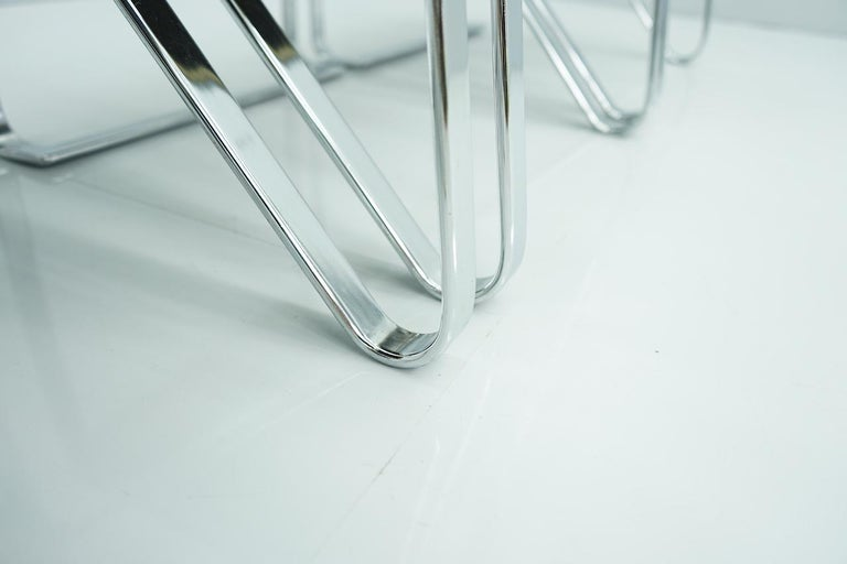 Beautiful Set of Six Dining Chairs in Chrome and Velvet, Italy, 1970s For Sale 1