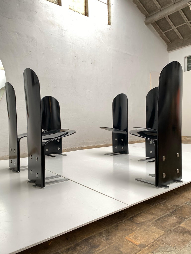 Beautiful Set of Six 'Pellicano' Chairs by Luigi Saccardo, Published Casa Vogue For Sale 7