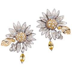Beautiful Daisy Earrings White Diamond Sapphires Gold Micromosaic