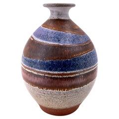 Beautiful Signed Pottery Vase Glazed California Design