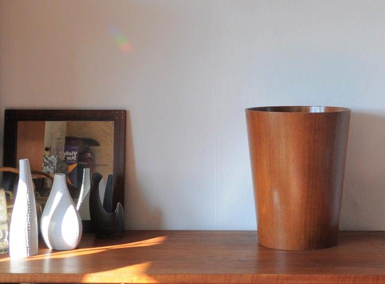 Beautiful Swedish Waste Paper Basket Designed by Martin Åberg for Servex In Good Condition For Sale In Vordingborg, DK